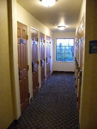 Staybridge Suites Madison East: Storage Lockers for Guest Use