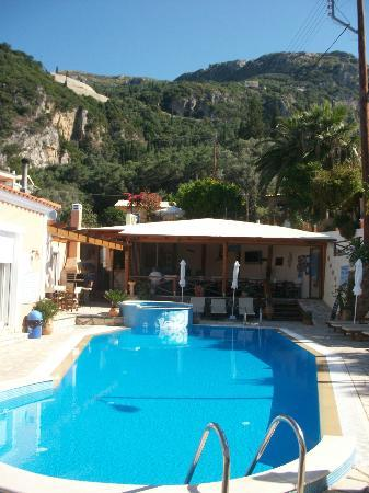 Paleokastritsa picture of angel 39 s pool bar apartments for Pool apartments