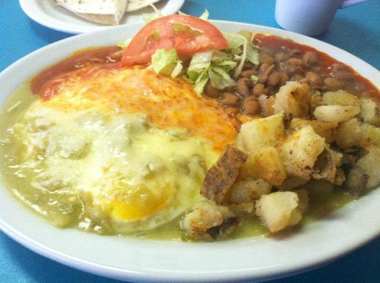 Chris' Cafe: Our delicious and traditional Huevos Rancheros