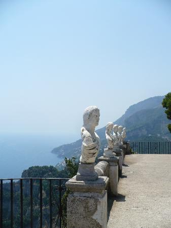 Palazzo Verone: veduta mozzafiato dalla terrazza panoramica di Villa Cimbrone