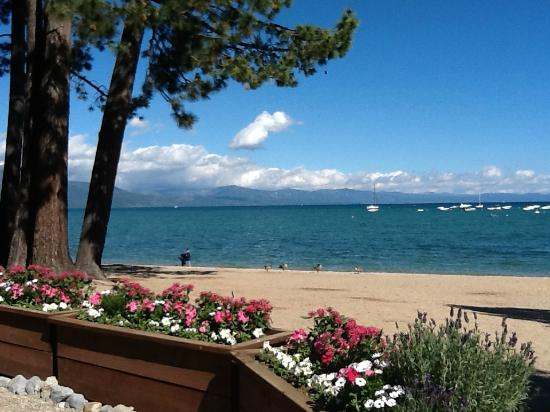 Beach Retreat & Lodge at Tahoe: Timber Cove Beach