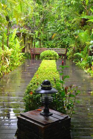 Sunda Resort: green theme