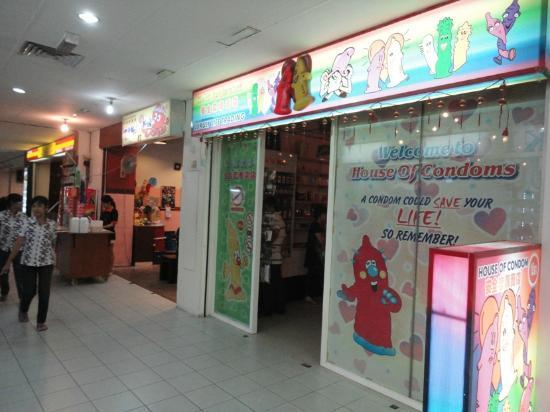 Prangin Mall: House of Condom 2