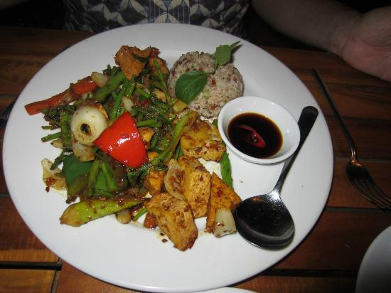 Cassia Cottage: Tofu with vegetables