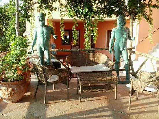 Hotel Il Girasole: Hotel & dintorni