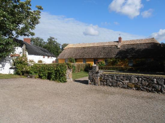 Adare Irish Cottages: Authentic Irish cottage
