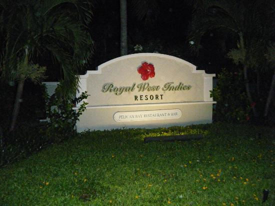 Royal West Indies Resort: Entrance
