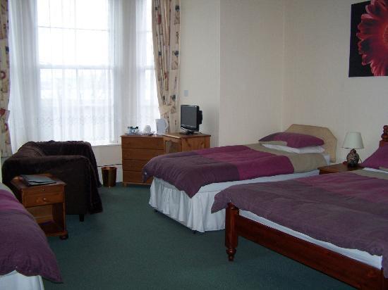 Ashton Guest House: Ensuite Family Room