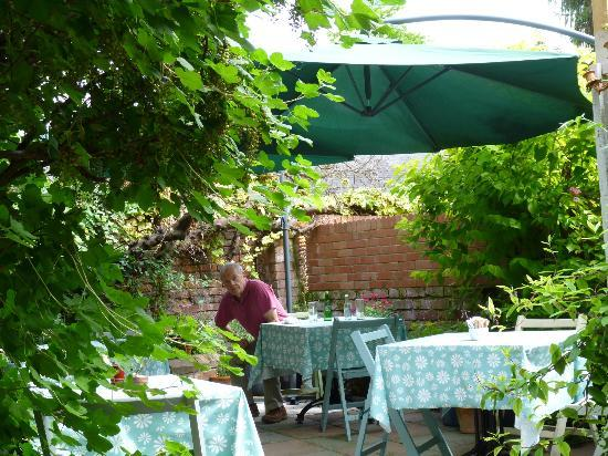 The patio garden at La Madeleine Church Street in Hereford
