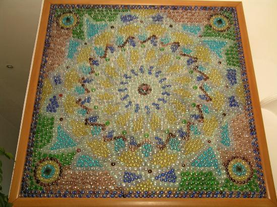 Il Mosaico B&B: Un mosaico di tessere di vetro all'interno