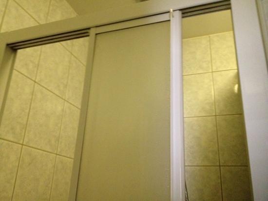 Hotel Windsor: quelle utilité pour une porte pareil?