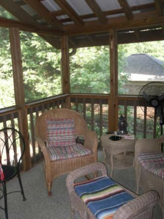Ponce de Leon Place: Spacious screened in porch with multiple fans
