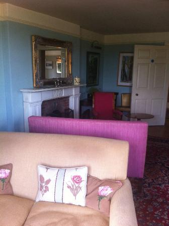 Fritton Arms Hotel: Drawing Room