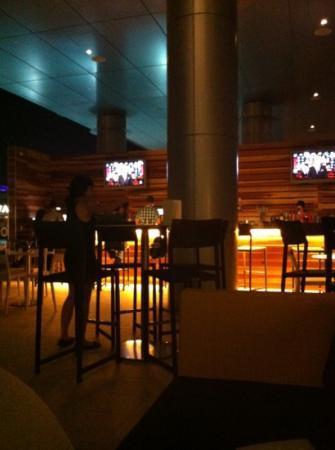 Kimpton Hotel Palomar Phoenix: Lustre Bar