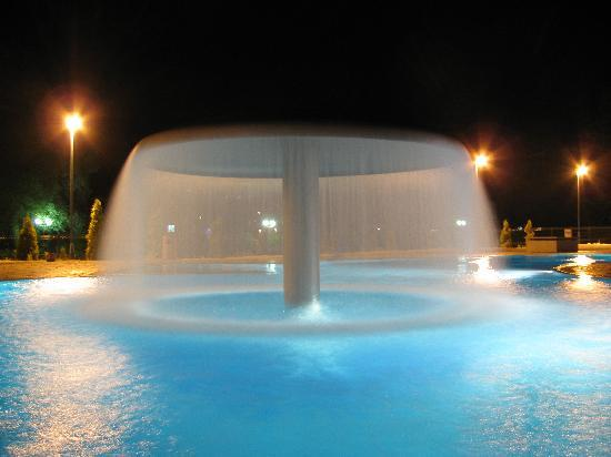 Fojnica, Bosnia-Herzegovina: The pool at the evening