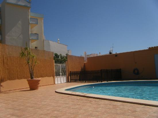 Hotel Praia do Burgau: pool area