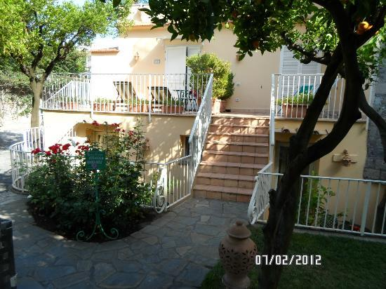 Antiche Mura Hotel: Room and Terrace Entrance