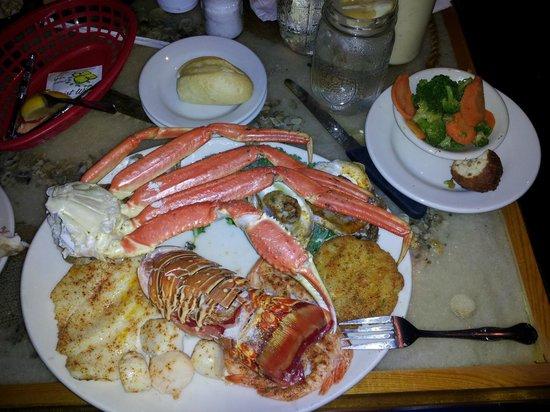 Blackbeards Inn :                                     Captain Hook's Broiled Platter Plus Lobster Tail