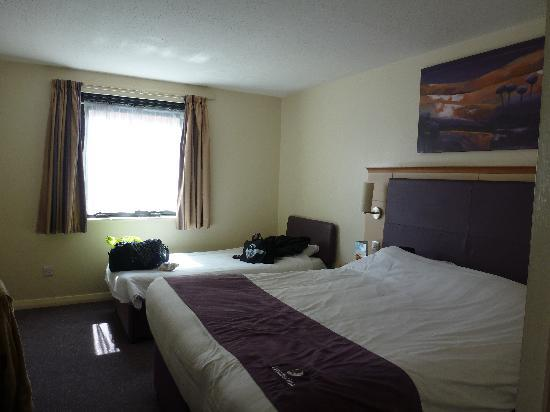 Premier Inn Liverpool City Centre (Moorfields) Hotel: The Bedroom