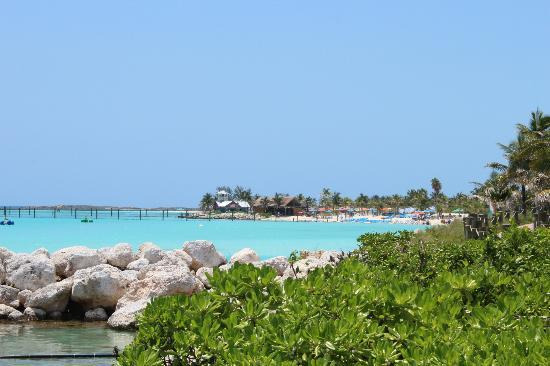 Castaway Cay : View from dock