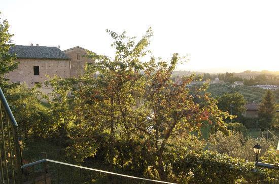 Le Camerine di Silvia: view#2 mid-day