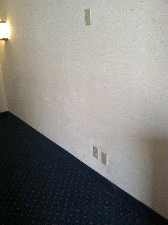 Country Inn & Suites By Carlson, Fredericksburg South (I-95): Dirty Walls