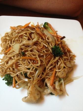 mitsu cafe: fried noodle