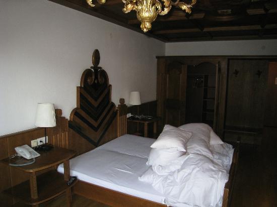Q! Hotel Maria Theresia: Ansicht vom Balkon ins Zimmer