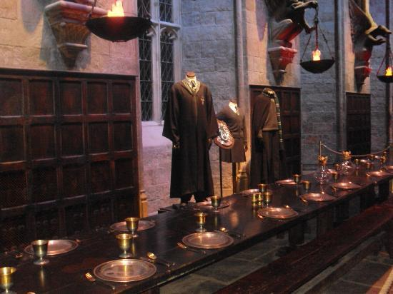 Warner Bros. Studio Tour London - The Making of Harry Potter: The Great Hall!!!!!!