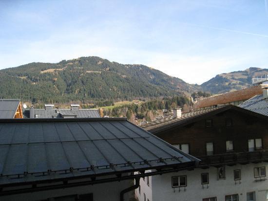 Q! Hotel Maria Theresia: Zimmeraussicht von der Rückseite des Hotels aus