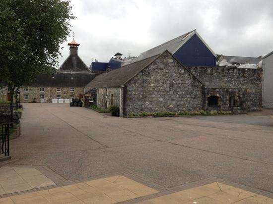 Glenfiddich Distillery: Very nice distillery grounds