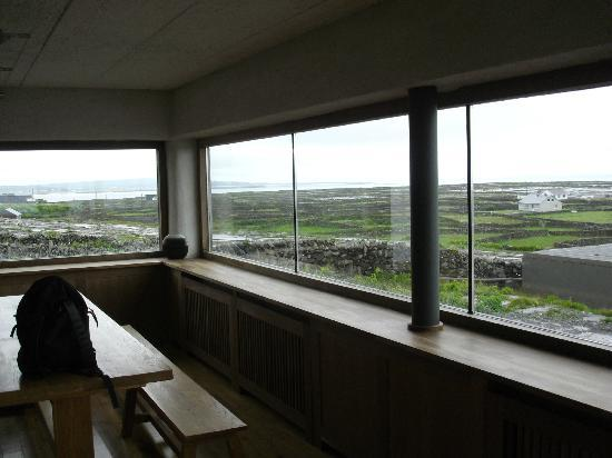Inis Meain Restaurant & Suites: View from corner suite