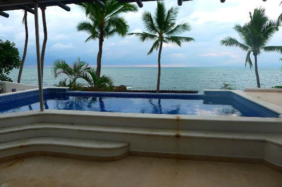 Playa Conchas Chinas Hotel: Oh yeah. Private pool, ocean view. Hot diggety.