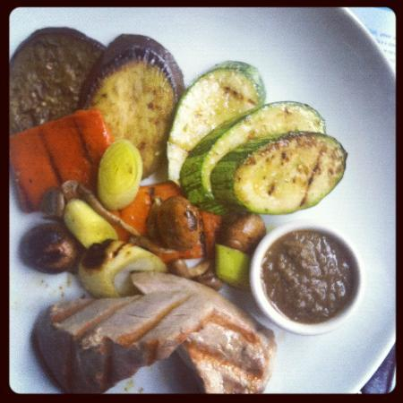 Bazzar: fish and vegetables