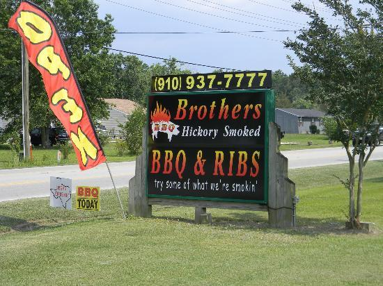 Brothers' BBQ and Rib: Front Sign