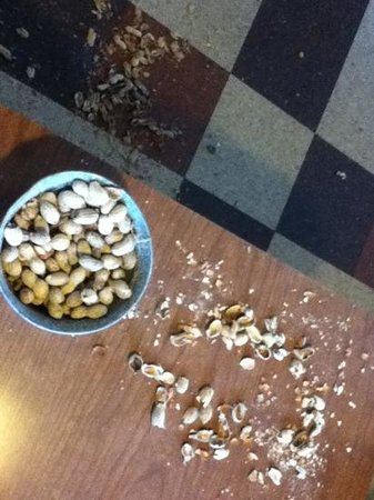 Rodeo Steak House and Grill : Peanuts for a starter!