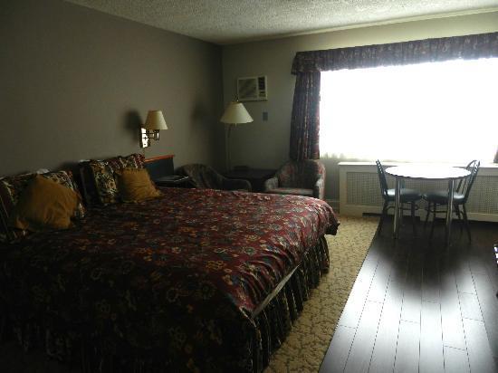 Helm's Inn: Bedroom