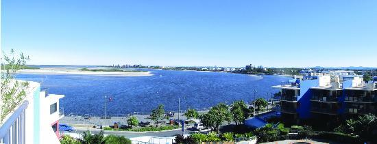 Breakfree Grand Pacific Resort Sunshine Coast: Apartment view