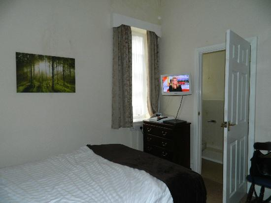 The Glengower: Room - view 3