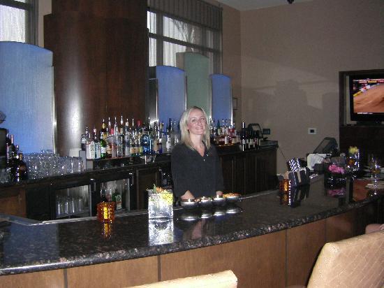 Hilton Phoenix Chandler: Lobby Bar