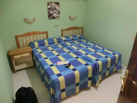 Apartamentos Las Dunas: Camera da letto