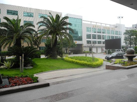 Royal Prince Hotel: business center