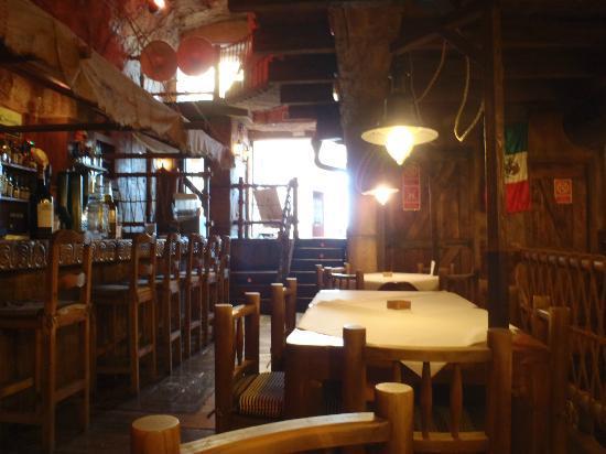 Tijuana Tex-Mex : Restaraunt