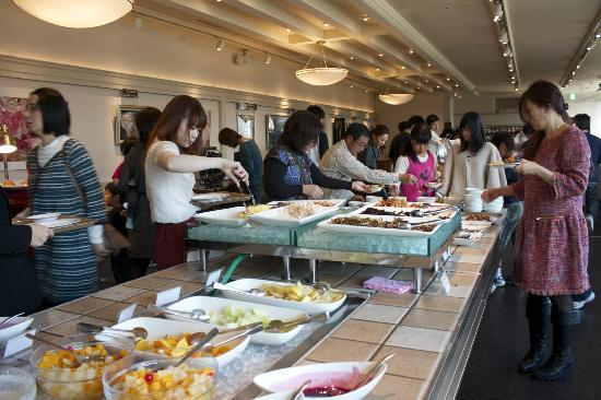 Hotel Sunroute Ariake: breakfast included, lots of choices