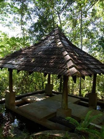 Kandy Samadhi Centre: Maditation pavilion