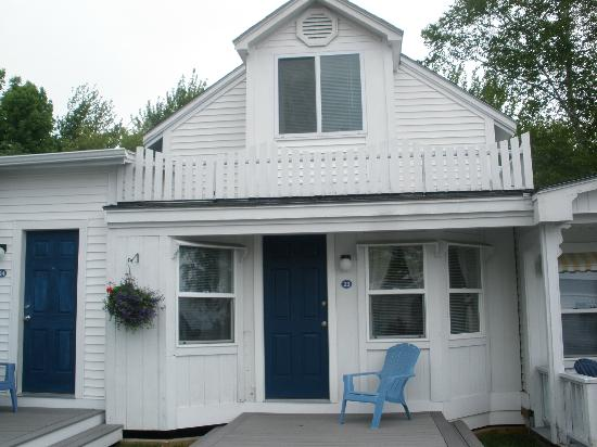 Glen Cove Inn & Suites: Two bedroom including the upstairs