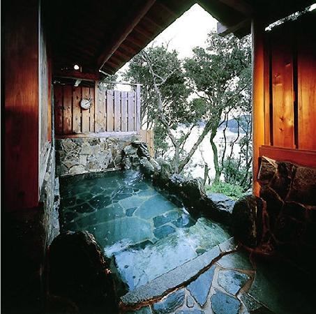 Yoshikawa Kaikien: よしかわ海喜園
