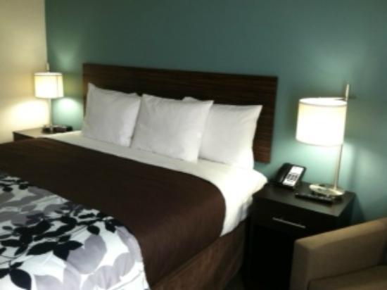 Sleep Inn & Suites N Austin: Each room is spacious and has numerous amenities