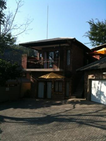 Mariu Guest House: Mariú Guest House - Sonheuwel 5 out of 5!
