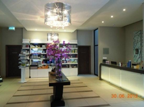Lombardy Boutique Hotel & Conference Centre: Soulstice Spa reception